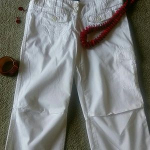 The limited white crop pants